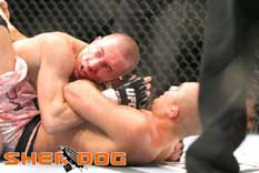 Georges St-Pierre trying for a mount